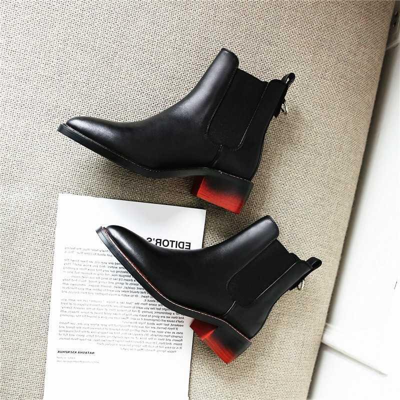 Женские ботинки из натуральной кожи; ботильоны с перфорацией типа «броги»; модные женские ботинки «Челси» на низком каблуке; сезон весна-зима; коллекция 2018 года; женская обувь