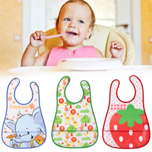 Waterproof baby bib – different animal prints