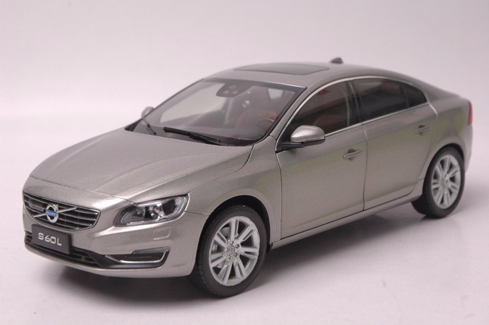 цена на 1:18 Diecast Model for Volvo S60L 2015 Gold Sedan Alloy Toy Car Miniature Collection Gifts S60