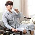 2017 del Otoño Del Invierno grueso de algodón Batas de Baño de los hombres pijamas pijamas homewear ropa de noche masculina de salones de caballeros Chino kimono hombres
