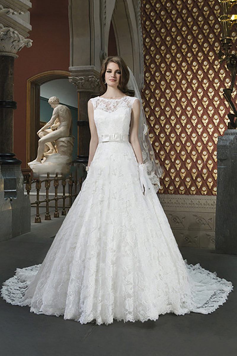 2015 Most Beautiful Bridal Lace Wedding Dress with Cap ...