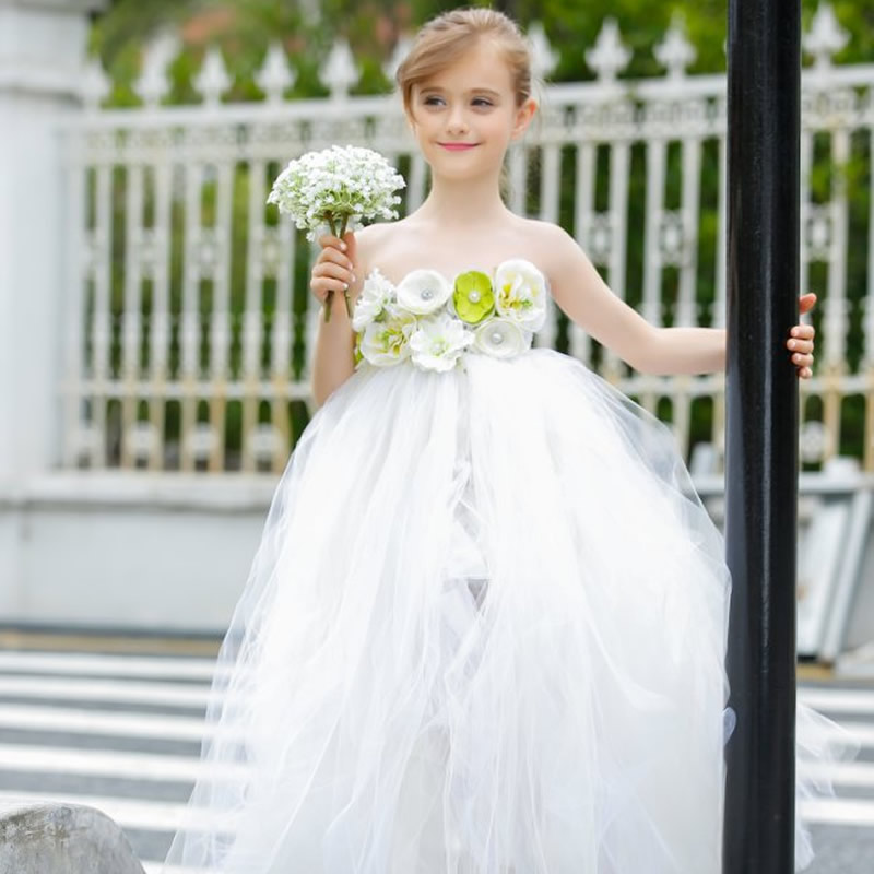 Top quality Dignified and Elegant Flower Children Girl Dresses White 2-8Year Tube Top Draped Ball Gown Wedding Party kids party 4th july girl plain white pettitop red white blue bow petal pettiskirt nb 8year mamh209