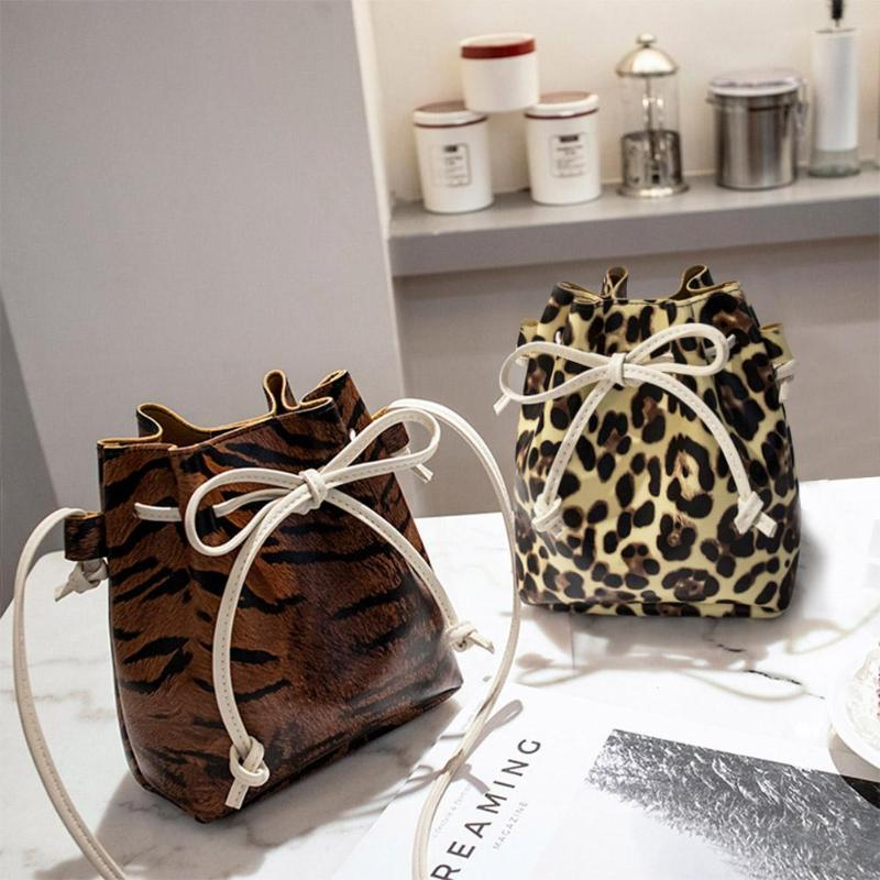 1Pcs Leopard Print Handbag PU Leather Crossbody Bag Shoulder Drawstring Bucket Bags Women Messenger Bags 20X16x8cm