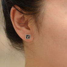 "Cute VEGAN ""V"" earrings"