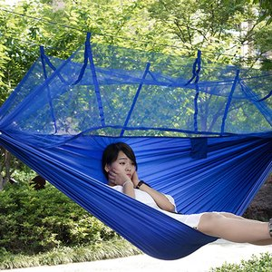 Image 2 - Gorący sprzedawanie przenośny hamak jednoosobowy składany w etui hamak z moskitierą wiszące łóżko na zestawy podróżne Camping piesze wycieczki