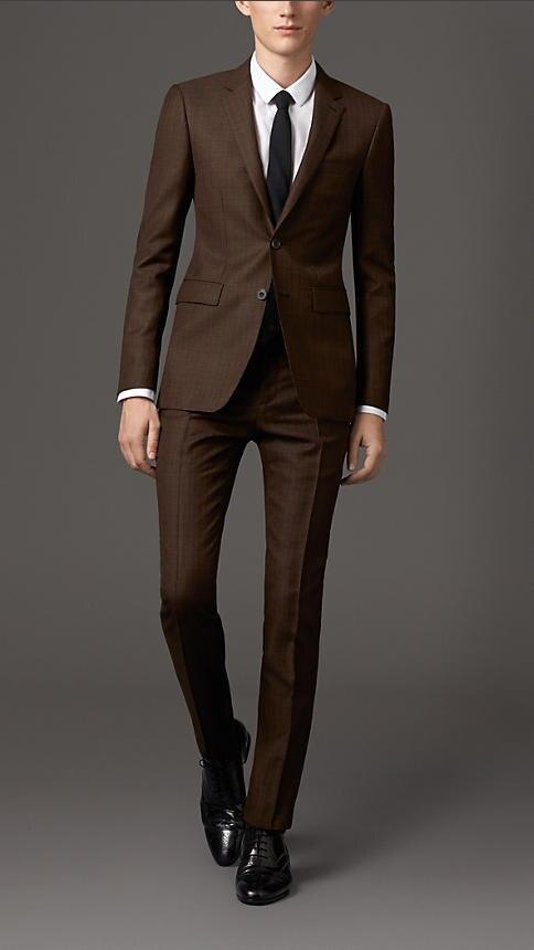 это мужские костюмы коричневого цвета фото делает