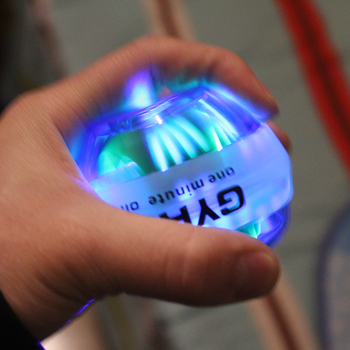 Entièrement Automatique Gyroscopique balle LED Clignotant Gyroscope Poignet Bras Exercice Simulateur Renforçateur Force Boule