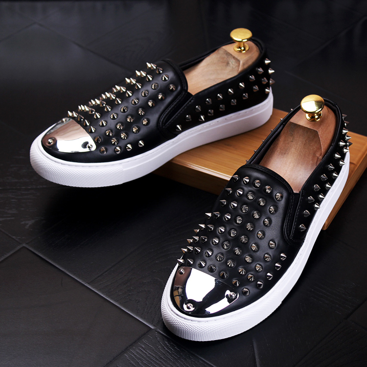 Top Hommes De Rouge En Bout Décoration Sport Slip Pointu Métal Low Mocassins Coréen Pic Noir Chaussures Rivet Sur rqRU0r