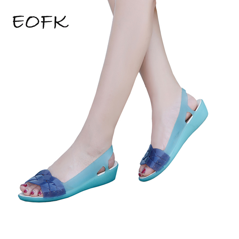 цена EOFK Women Sandals Beach Jelly Shoes Woman Flat Sandals New EVA Soft Mixed Candy Colors Summer Casual Slip On Sandals в интернет-магазинах