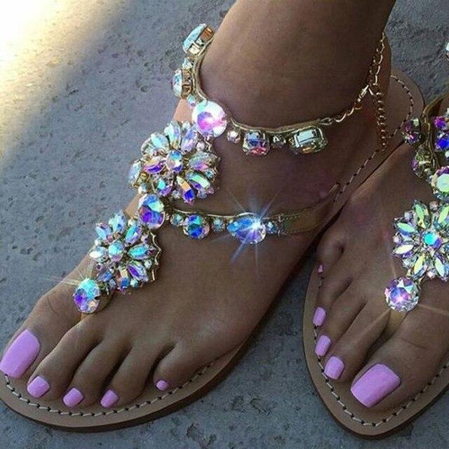 2017 Nova Bohemian Mulheres Sandálias Sandálias de Salto Plana De Cristal Cadeia de Strass Mulheres Sapatos Thong Flip Flops Sapatos