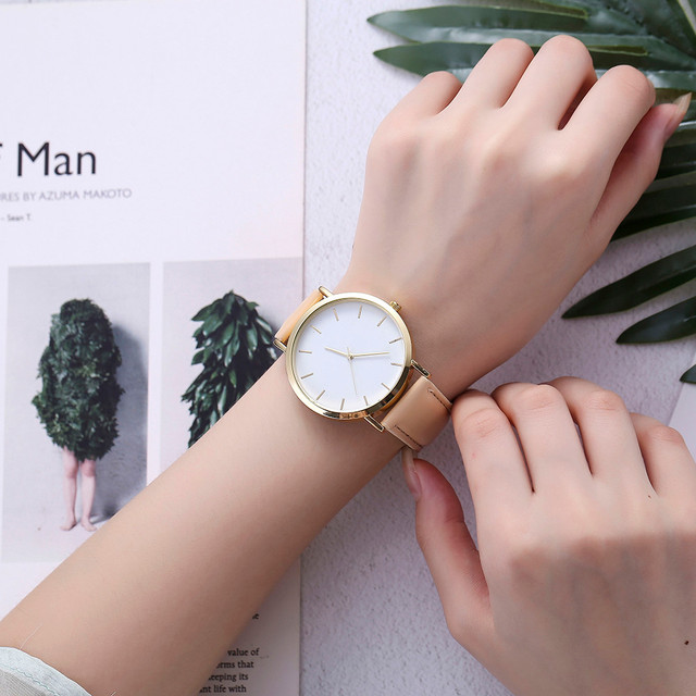 Minimalist Women Watch Top brand Quartz Wrist Watch Retro Silica Gel Casual Leat