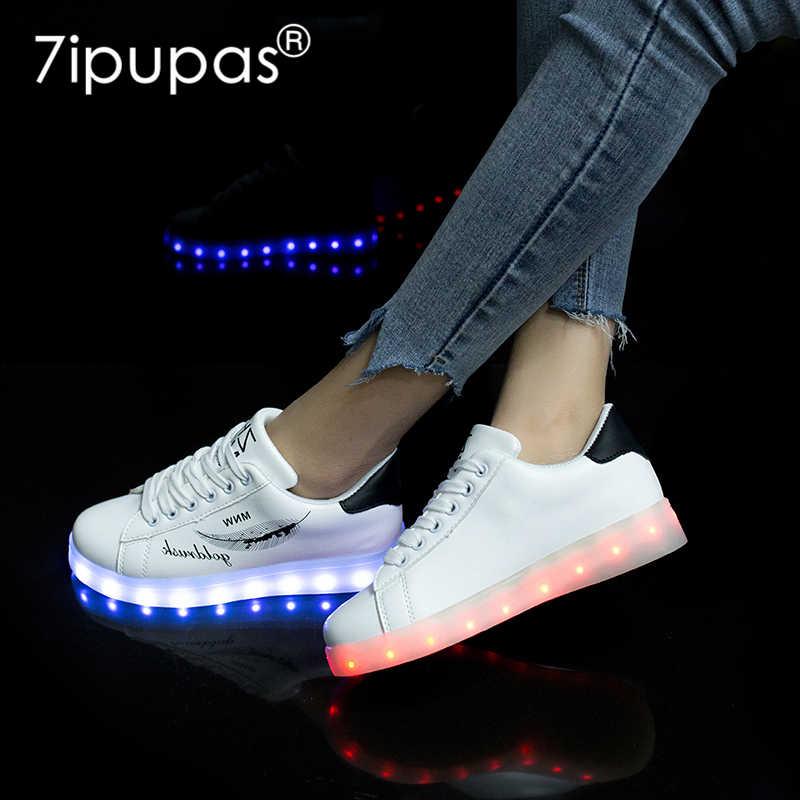 7 ipupas 2018คลาสสิกสบายๆเรืองแสงรองเท้าเด็กชาร์จผ่านusbส่องสว่างรองเท้าผ้าใบสีขาวและสีดำB-Boying light upเด็กสาวนำรองเท้า25-44