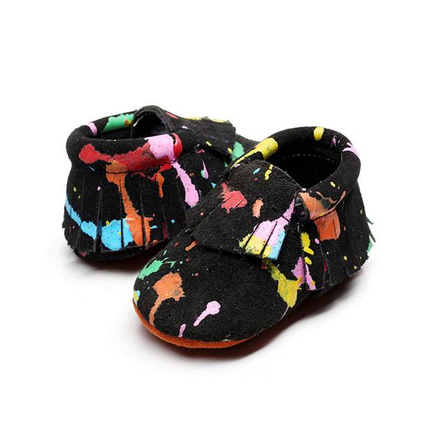 Nuevo Soft Sole 5 Colores Muchachos de Las Muchachas de Bebé de Cuero Genuino Colorido Graffiti Primeros Caminante Newborn Franja Mocasines Zapatos de Prewalker