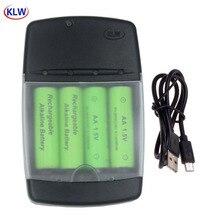 Caricabatterie intelligente USB per LR03 AA LR6 AAA LR61 AAAA batteria ricaricabile alcalina 1.5V con indicatore LED intelligente