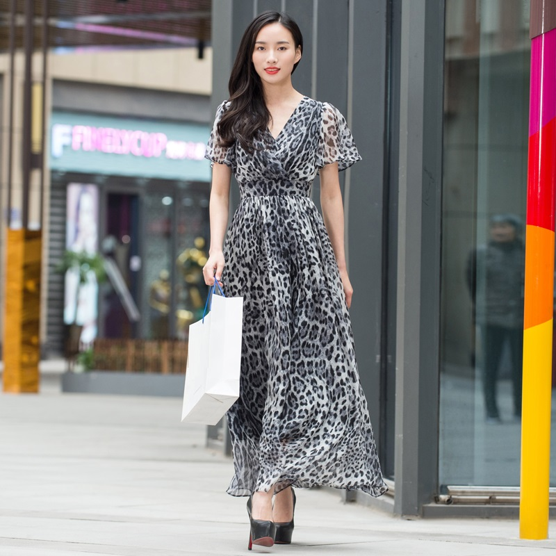 New Brand Extra Large Size Long Dress Summer 2018 High Quality Women V-Neck Sexy Wild Leopard Print Short Sleeve Long Maxi Dress