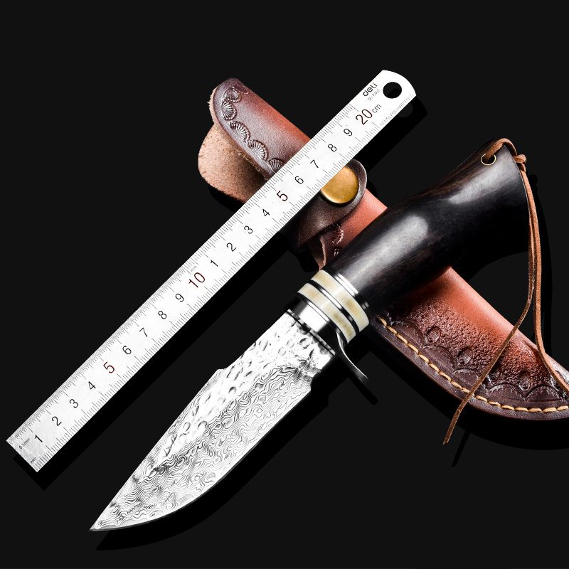 Beautiful sandalwood Handmade Damascus Steel Hunting KnifeBeautiful sandalwood Handmade Damascus Steel Hunting Knife