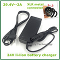 29.4V2A bicicleta eléctrica cargador de batería de litio de 7 series 24 V batería de litio XLRM Conector/conector de buena calidad