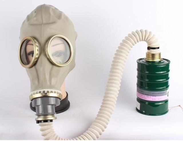 2016 новые маски для лица с дыхательных путей и средних промышленных огонь небольшой канистру респиратор химической войны маска для тела только