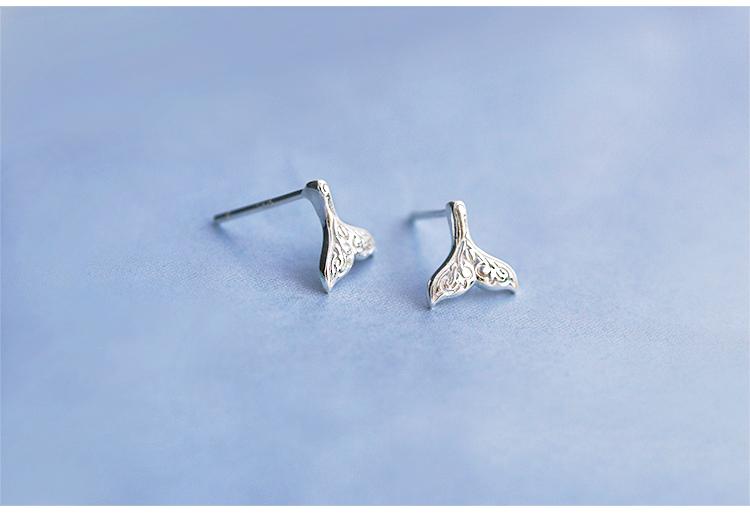 100% 925 Sterling Silver Mermaid Tail Stud Earrings