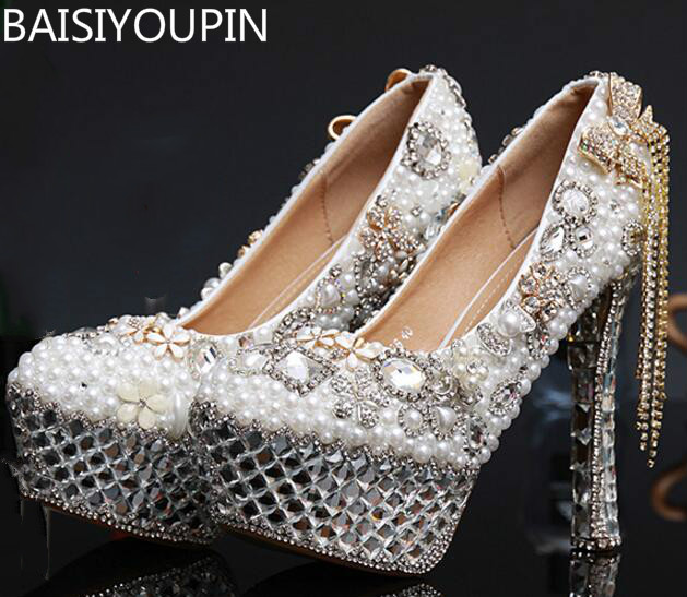 2017 New Fashion Slipper Diamond Wedding Shoes with Super Waterproof Shoes Bride Sexy Shoes the new 2017 white satin high with the bride shoes waterproof slipper wedding shoes picture taken single shoes for women s shoes