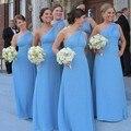 Simples elegante de Um Ombro Vestido de Dama de honra Luz Azul Sem Mangas Chiffon Vestidos de Festa Até O Chão Barato