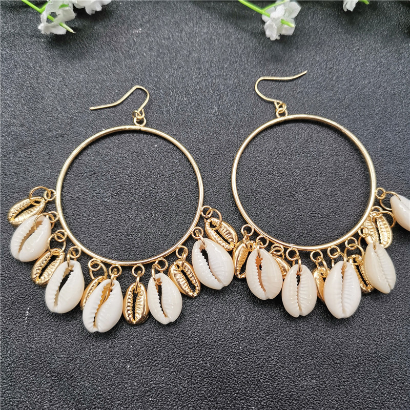 HIYONG 2019 New Fashion Gold Color Metal Shell Earring for Women Circle Statement Earrings Exaggerated Tassel Beach Jewelry in Drop Earrings from Jewelry Accessories