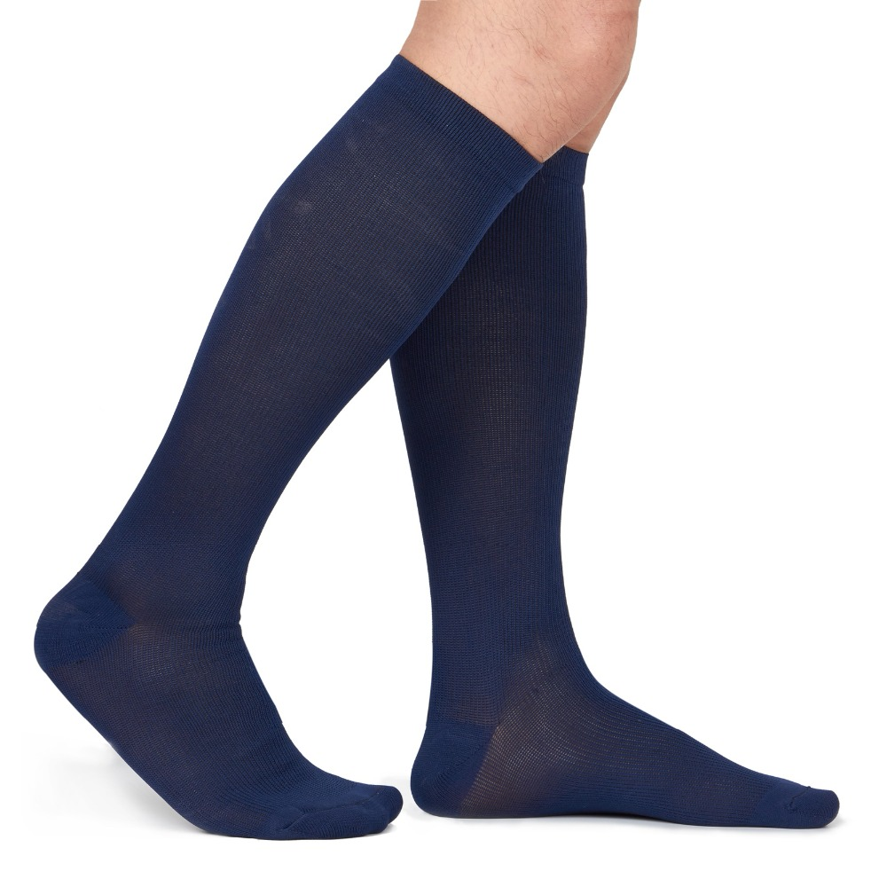 42758ce6e65 Unisex Medical Compression Socks Women Men Pressure Varicose Veins Leg  Relief Pain Knee High Stockings Socks Men 1Pair New Hot-in Men s Socks from  Underwear ...