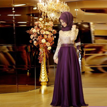 Sparkling Muslim Evening Dress With Long Sleeves Shiny Beading Waist Lace A-line Satin Burgundy Long Hijab Evening Dress