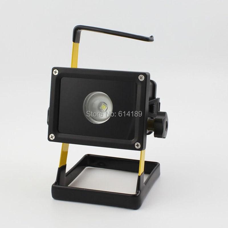 Boruit RJ-2134 12W CREE XM-L2 Portable Floodlight +3x18650+Charger+USB Cable+ Car Adaptor 950lm 3 mode white bicycle headlamp w cree xm l t6 black silver 2 x 18650