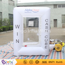 Free Delivery Customized white square inflatable cash booth toy tents type