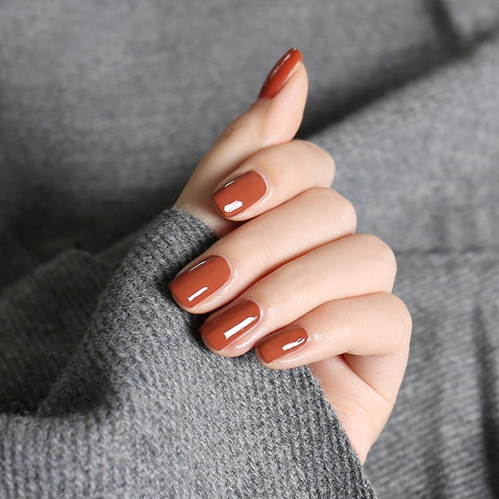 Encantador De Color Rojo Oscuro De Uñas Essie Polaco Ideas - Ideas ...