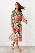 Trendyol Flower Print Chiffon Beach Dress TBESS19LJ0374()