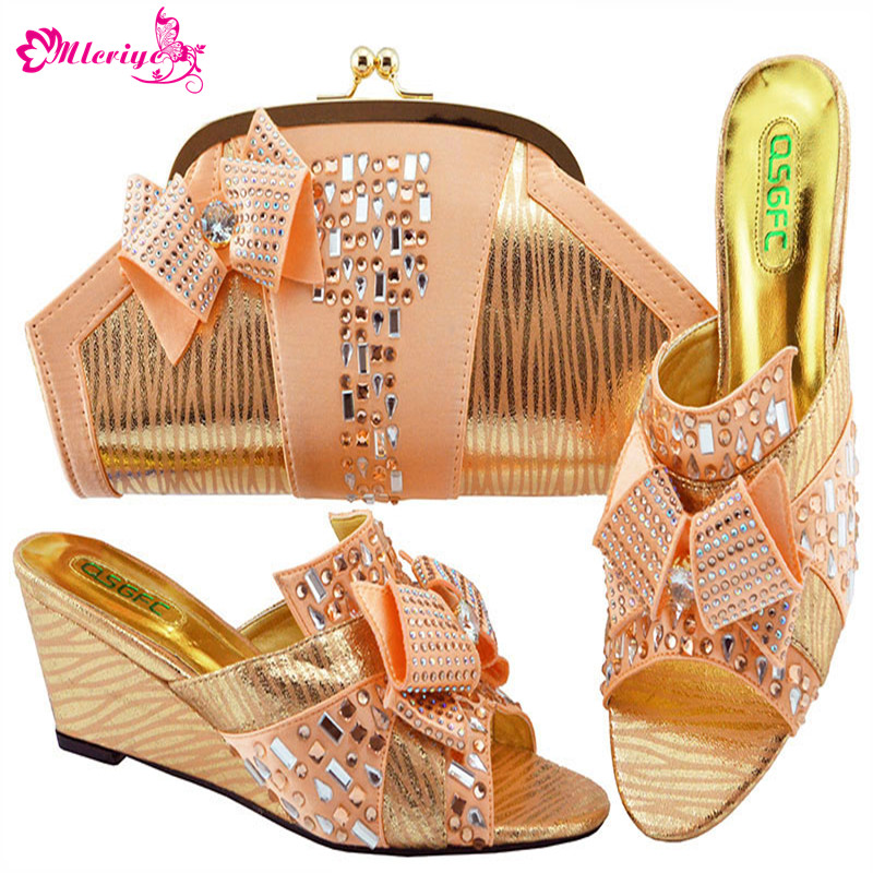 Latest Peach Color Shoes and Bags Set African Sets 2019 African Shoes and Matching Bags Italian Women Rhinestone Wedding ShoesLatest Peach Color Shoes and Bags Set African Sets 2019 African Shoes and Matching Bags Italian Women Rhinestone Wedding Shoes
