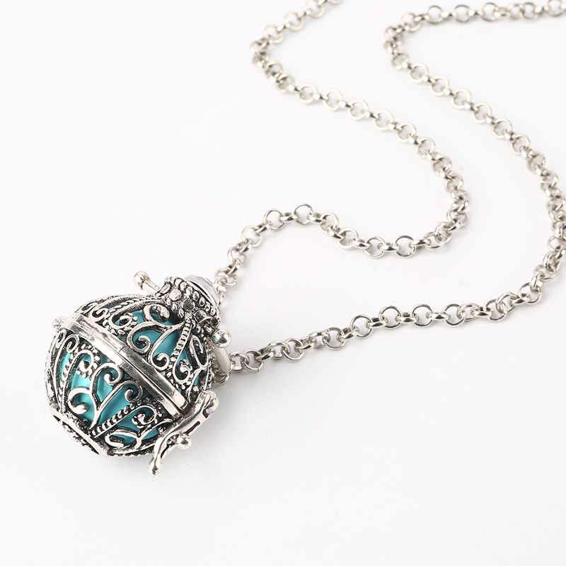 Aroma Diffuser Necklace Open Antique Vintage Lockets Pendant Perfume Essential Oil Aromatherapy Locket Necklace Pearl Cages 2018