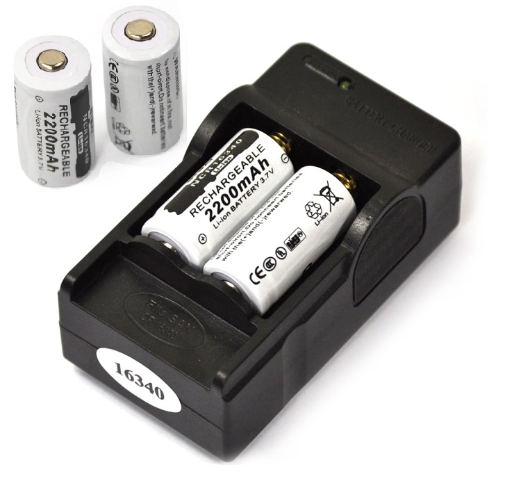 4 pcs CR123A 16340 Bateria 2200 mah 3.7 v Li-ion Recarregável + 16340 Carregador de Bateria