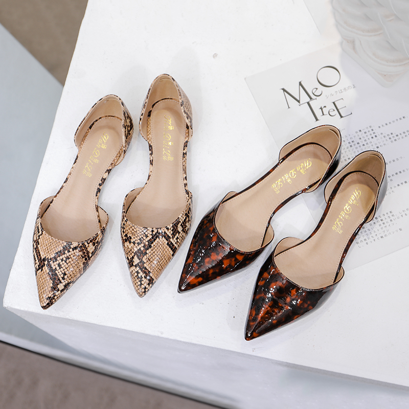 Slip On Ballet Flats With Pointed Toe Summer Women's Shoes For Women Flats Ladies Shallow D'Orsay Shoes Woman Snake Loafers 2020