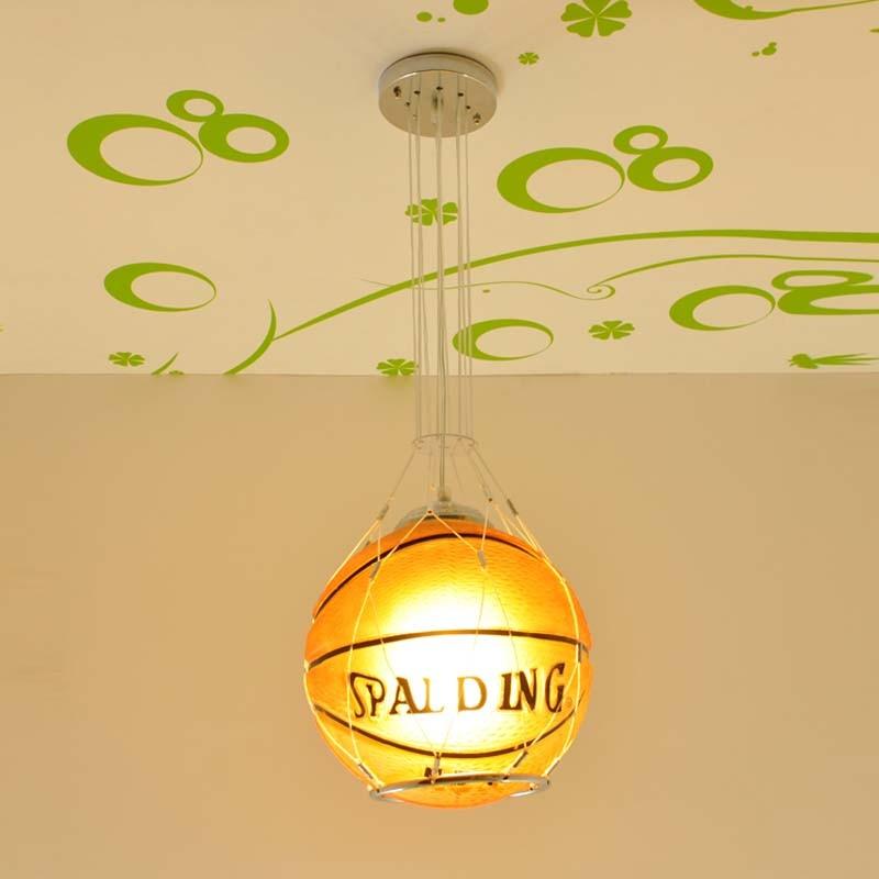 Enfants jouet moderne paquet télécommande lampe à LED fille garçon basket football aspiration suspension lampe éclairage chambre ET11