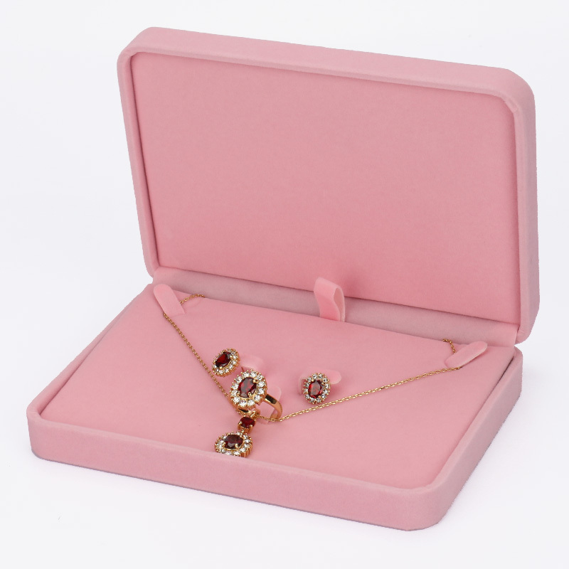 Us 19 36 High Quality Pink Jewelry Set Box Nice Pink Color Velvet Jewelry Box Sweet Pink Jewelry Girl Box Rabbit Jewelry Box In Jewelry Packaging
