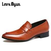 Brand Retro Men Leather Casual Shoes Men Flats Shoes Men Bullock Driving Shoes Luxury Loafers Black