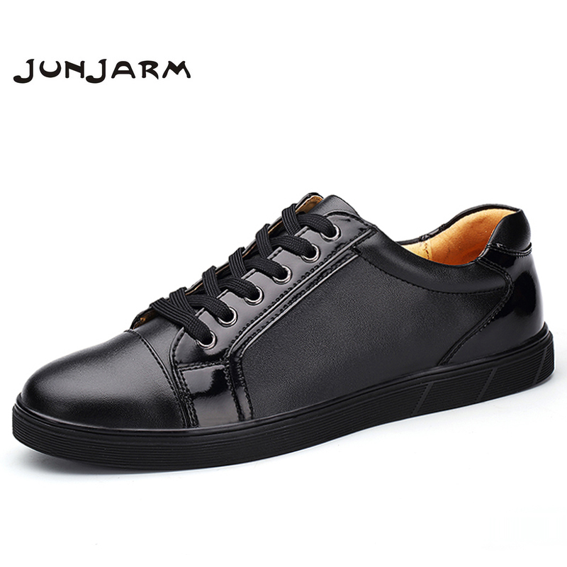 JUNJARM 2018 Brand Men Casual Shoes Genuine Leather Men Flats Winter Warm Velvet British Fashion Retro Lace Flat Sneaker Shoes hot sale mens italian style flat shoes genuine leather handmade men casual flats top quality oxford shoes men leather shoes
