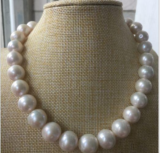 Collier de perles blanches rondes de la mer du sud de huge12-14MM 18 pouces 14 KCollier de perles blanches rondes de la mer du sud de huge12-14MM 18 pouces 14 K