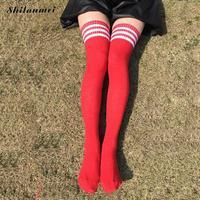 10 Par/partia Bawełna Kobiety Knee Socks Sexy Uda długie Student Dziewczyna Pończochy hot sprzedaż 8 kolory striped oddychające Skarpetki