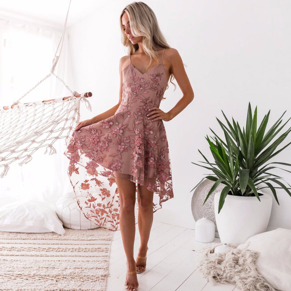 BLush Pink V Neck A Line Homecoming Dresses Spaghetti Strap High Low Sexy Graduation Dress Gown With Embroidery Real Dress