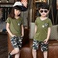 Детская одежда мальчики девочки шорты комплект лето 2017 зеленый камуфляж мужской детская одежда набор топы шорты 2 шт. девочка мальчик одежда