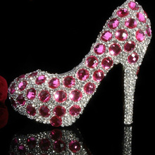 luxury pink crystals rhinestones princess shoes sparkling silver diamonds high heels wedding shoes Pretty shoes for Bride