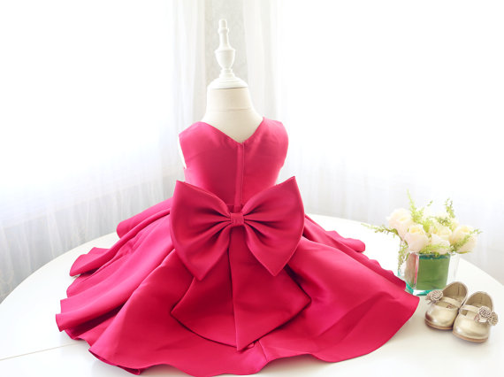 Red stain toddler pretty pageant dresses v-neck ruffle flower girl dress little kid 1st birthday party outfits with bow 2017 choker neck ruffle bodycon dress short club dresses