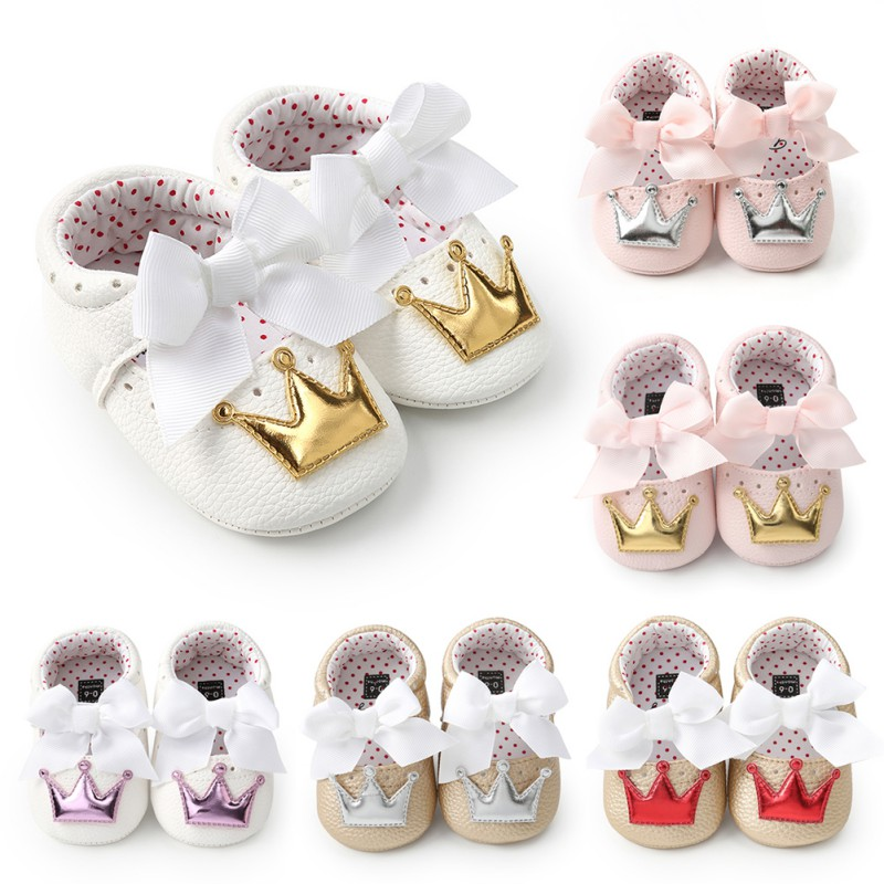 2018 PU Leather Baby Girl Shoes Kid Moccasins First Walkers Crown Bow Soft Soled Non-slip Footwear Crib Shoes Q1