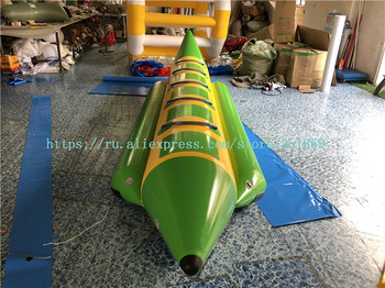 Manufacturers customized direct sales thickened 0.9PVC inflatable water banana boat, water crazy drag inflatable boat.