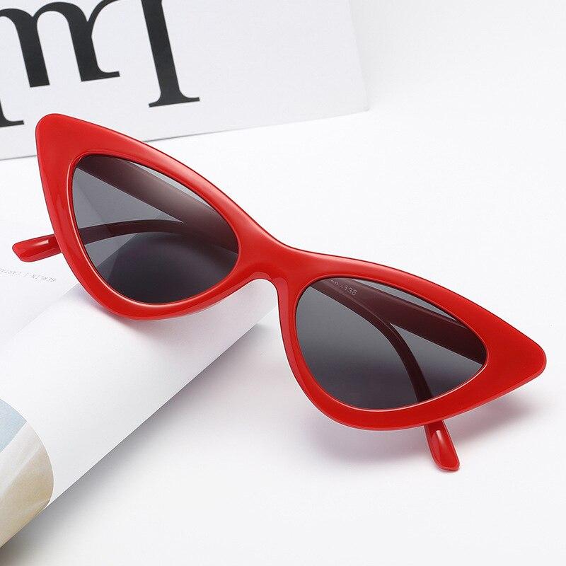 YOOSKE pequeño gato ojo gafas de sol mujer Retro fresco triángulo Sexy Sunglass moda océano película Cateyes gafas de sol UV400