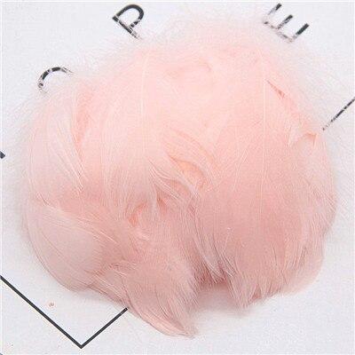 Натуральные перья лебедя 4-7 см 1-2 дюйма маленькие плавающие Шлейфы гусиное перо цветной шлейф для украшения рукоделия 100 шт - Цвет: beige pink 100pcs